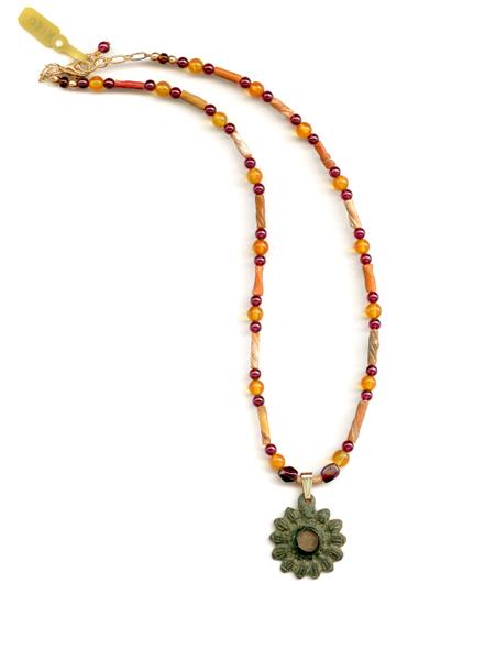 N180 Roman earring with Roman beads