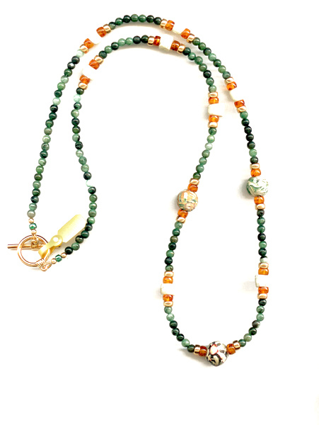 N128 Phoenecian Beads